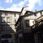 p_Stroll_through_Medieval_architecture
